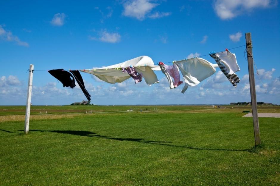 Vous cherchez un sèche-linge professionnel qui sèche très rapidement et peut être installé facilement chez vous ?